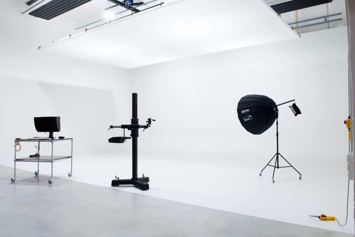 Weiße Hohlkehle für Portraitaufnahmen, Produktfotos und Co.